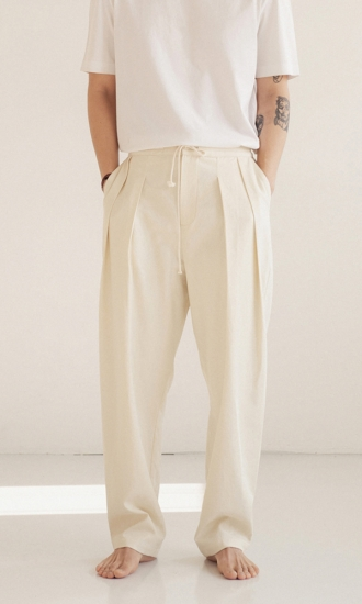 【KOKYUU】UNISEX COTTON TWO TUCK PANTS IVORY ユニセックスコットンツータックパンツアイボリー